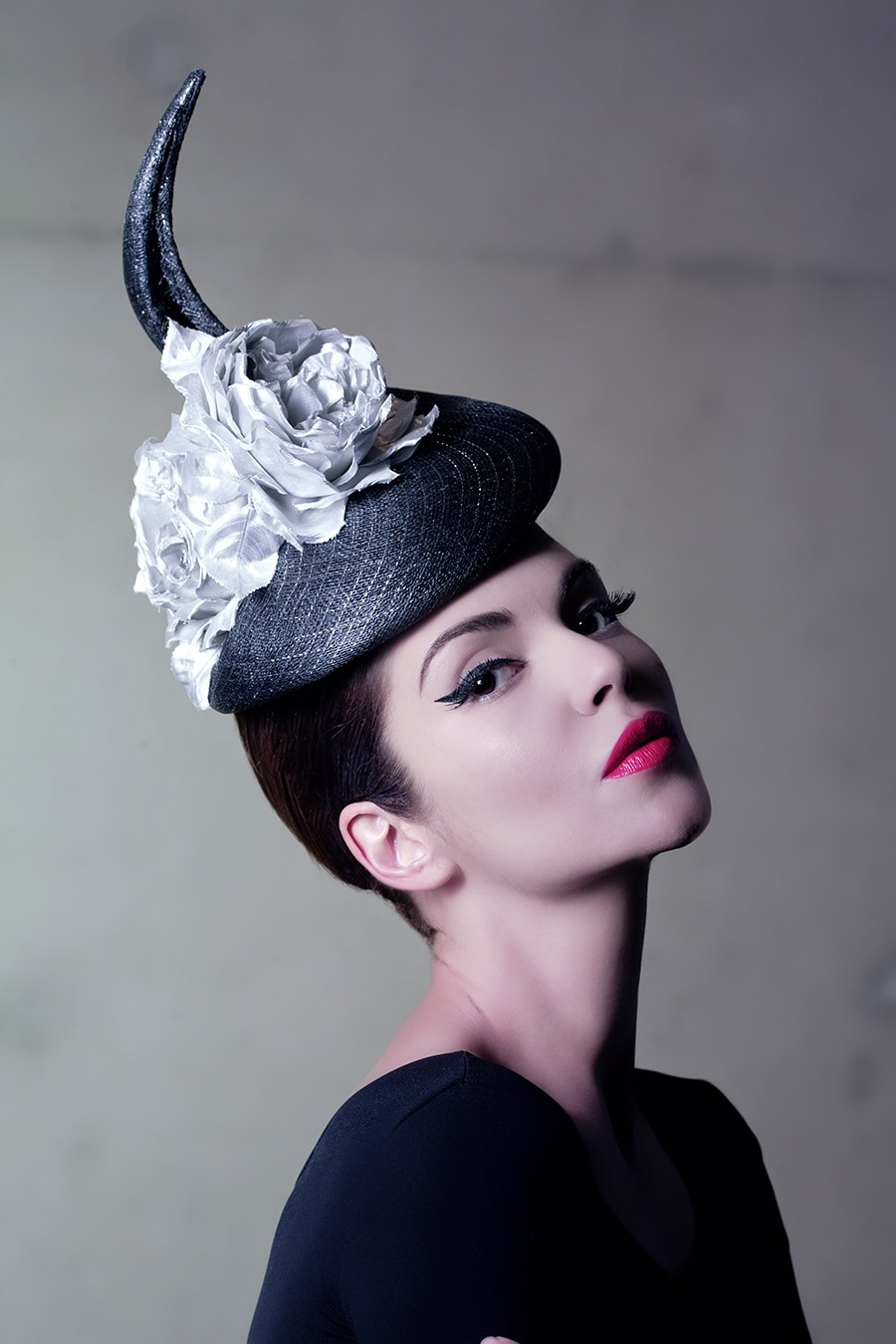 85e389bb Sandro Hyams PHILIP TREACY FLORAL HAT